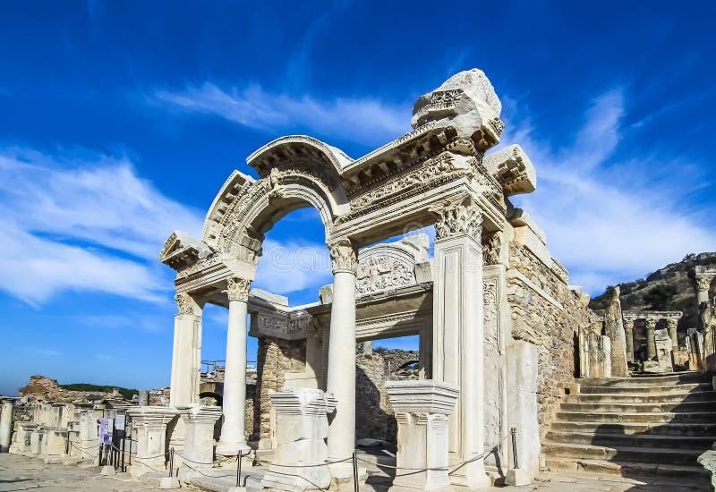 哈德良被重建的寺庙在以弗所 免版税库存图片