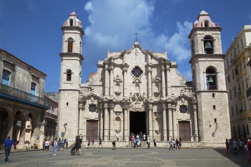 哈瓦那大教堂门面  库存图片