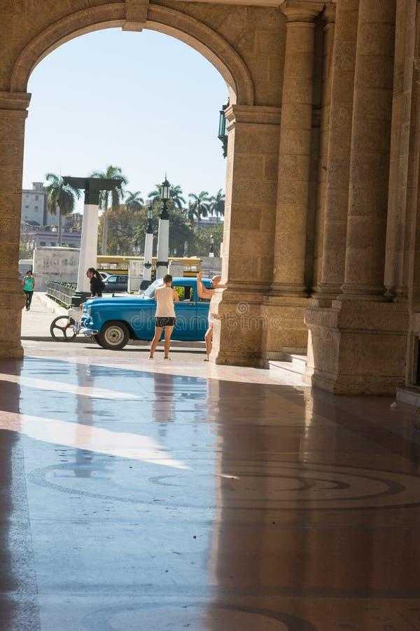 哈瓦那艾丽西亚阿隆索巨大剧院在古巴 著名剧院 免版税库存照片