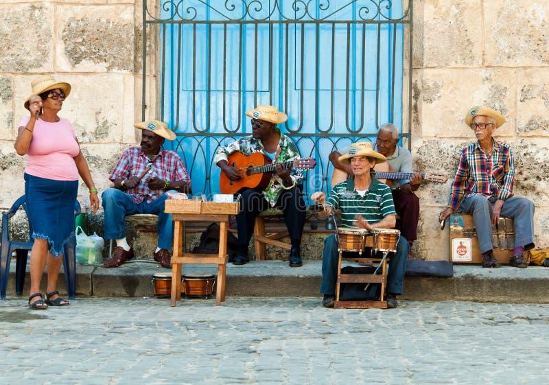 哈瓦那音乐家街道 免版税库存照片