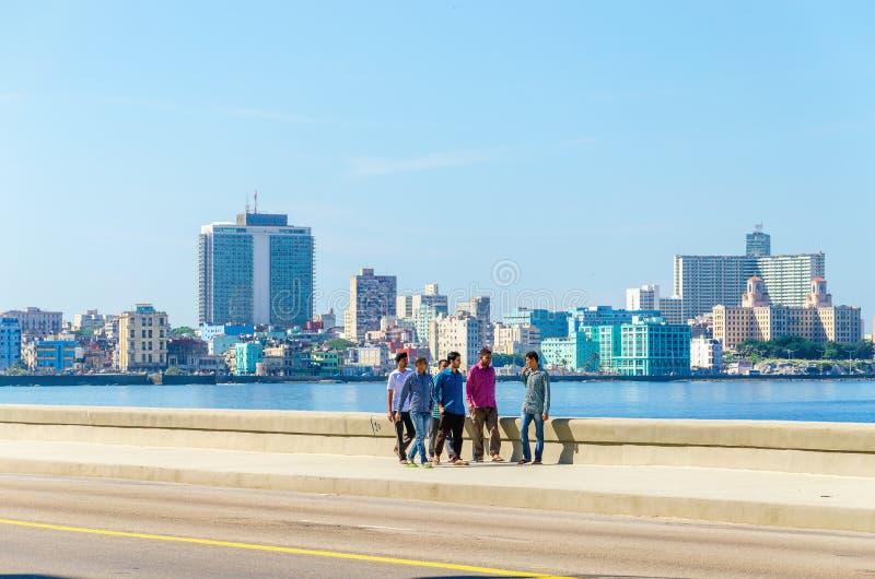 哈瓦那Malecon -中心和Vedado的看法 库存图片