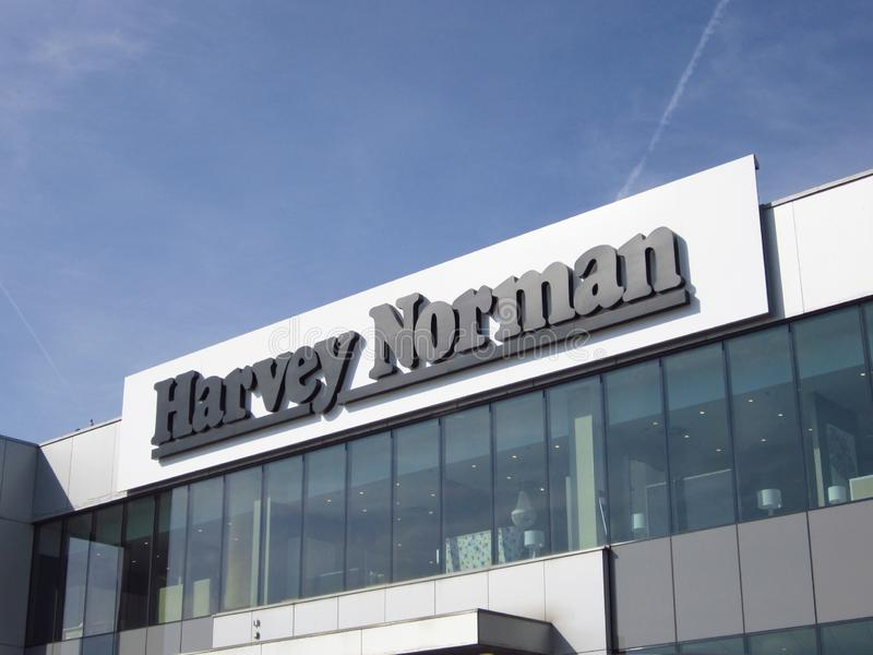 哈维诺曼底人在大厦的商店标志 库存照片