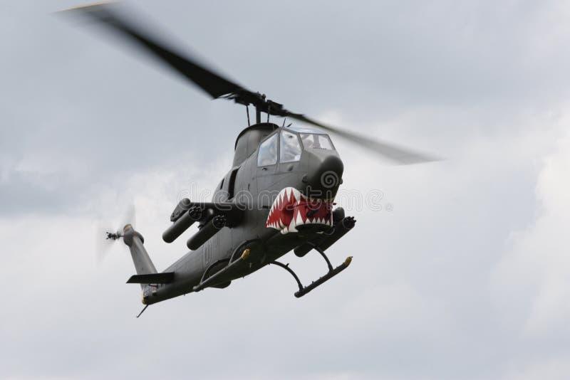 响铃AH-1眼镜蛇攻击用直升机 免版税库存照片