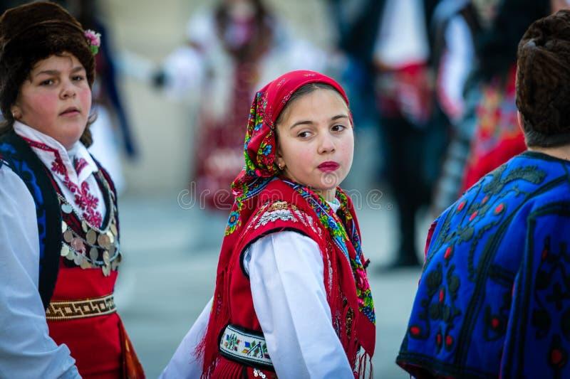 哑剧演员或Kukeri节日在拉兹洛格,保加利亚 库存照片