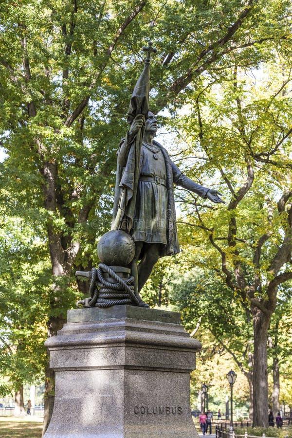 哥伦布雕象在中央公园里面的在曼哈顿 图库摄影