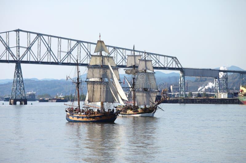 哥伦比亚巡航的galleons河 图库摄影
