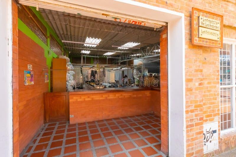 哥伦比亚Chia洗衣店和干洗剂 图库摄影