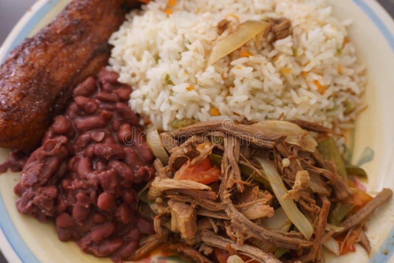 哥斯达黎加板材、肉用米和豆 库存照片