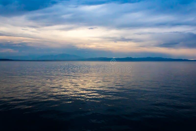哥斯达黎加的海日落 库存图片