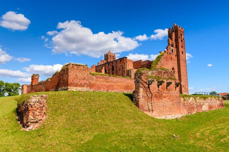 哥特式条顿人城堡的废墟在Radzyn Chelminski,波兰,欧洲 免版税库存照片
