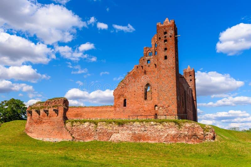 哥特式条顿人城堡的废墟在Radzyn Chelminski,波兰,欧洲 免版税图库摄影