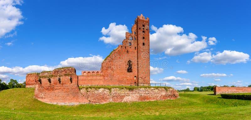 哥特式条顿人城堡的废墟在Radzyn Chelminski,波兰,欧洲 免版税库存图片