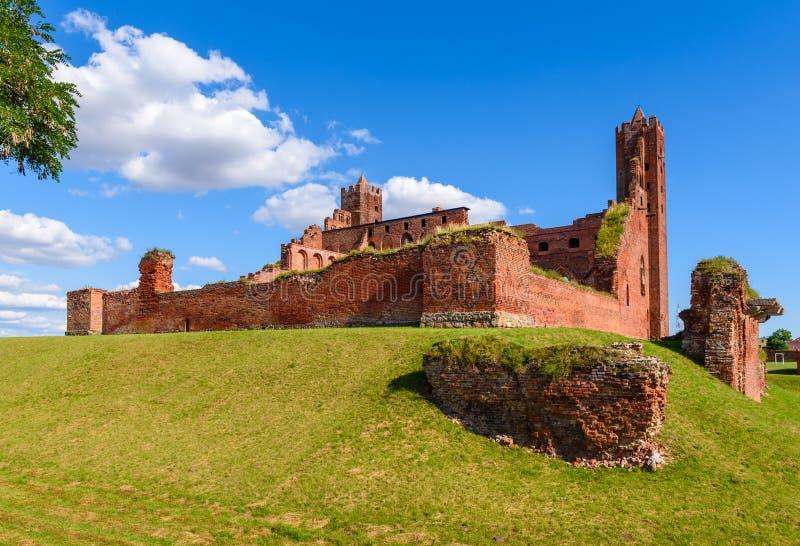 哥特式条顿人城堡的废墟在Radzyn Chelminski,波兰,欧洲 库存照片