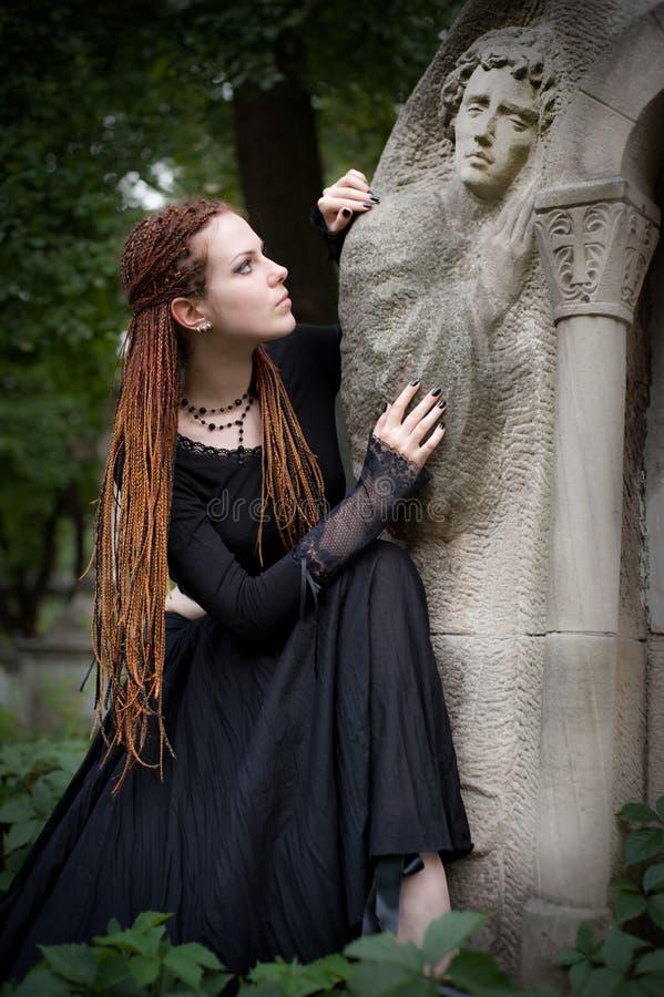哥特式的女孩 图库摄影