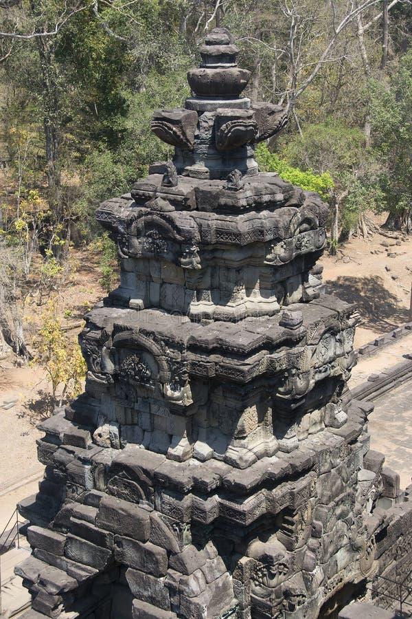 吴哥瓦特- Ta Prohm高棉市的寺庙废墟墙壁吴哥窟-陈述纪念碑 库存照片