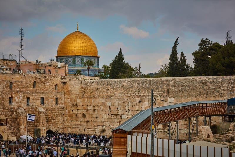 哭墙和Al aqsa清真寺 免版税库存图片