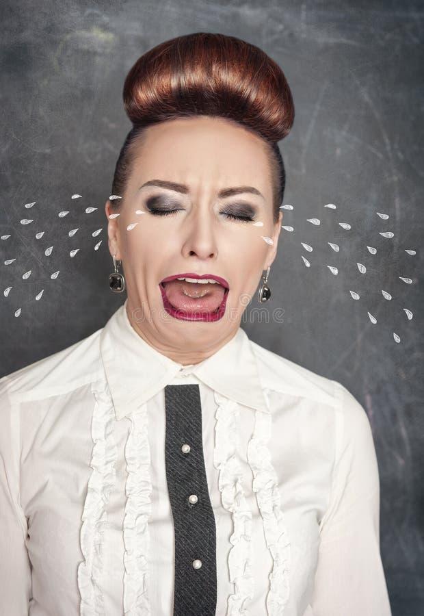 哭泣的哀伤的妇女 免版税库存图片