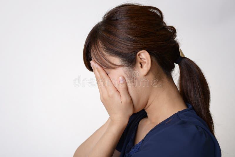 哭泣的妇女 库存照片