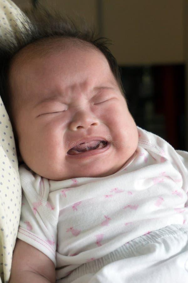 哭泣的婴儿 免版税库存照片
