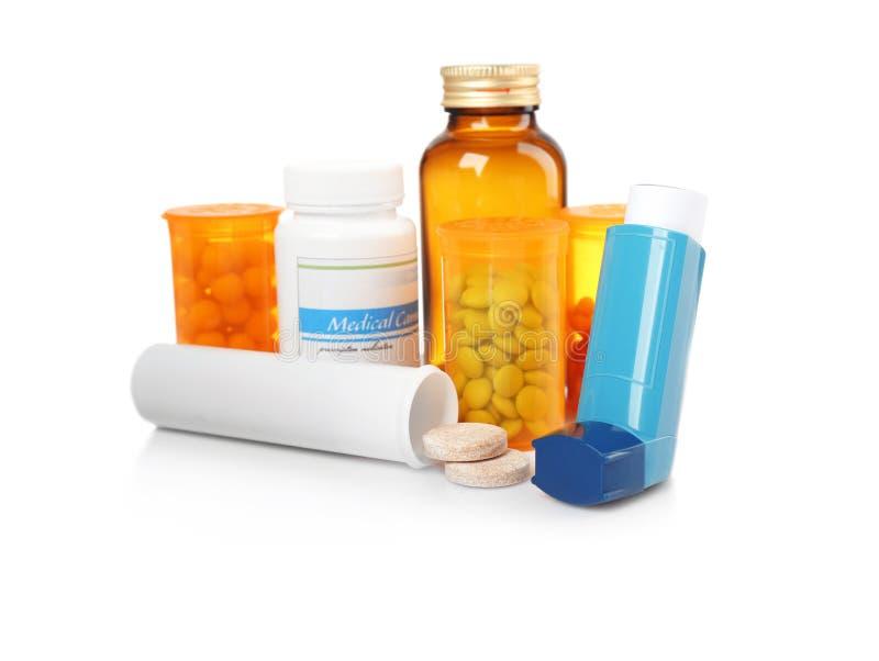 哮喘吸入器和医学 免版税库存图片