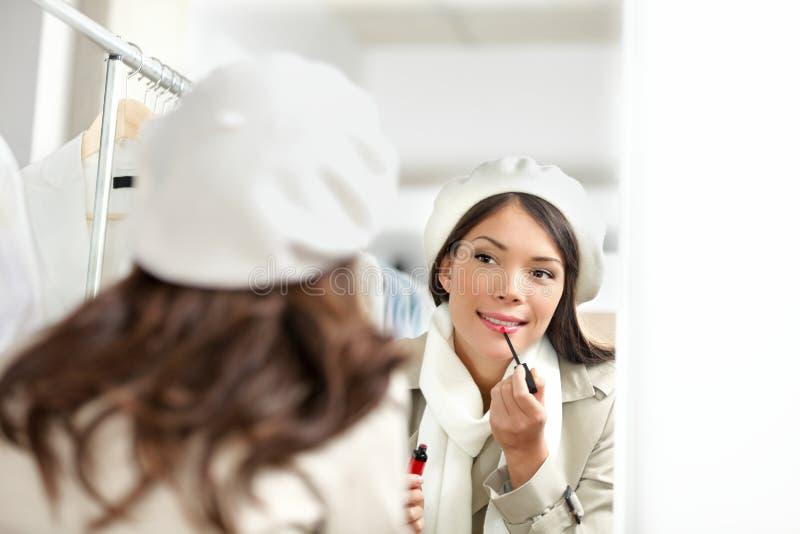 唇膏妇女 免版税图库摄影