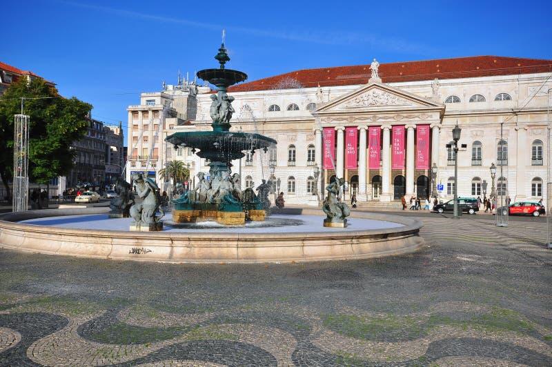 唐佩德罗IV正方形的国家戏院在里斯本 库存图片