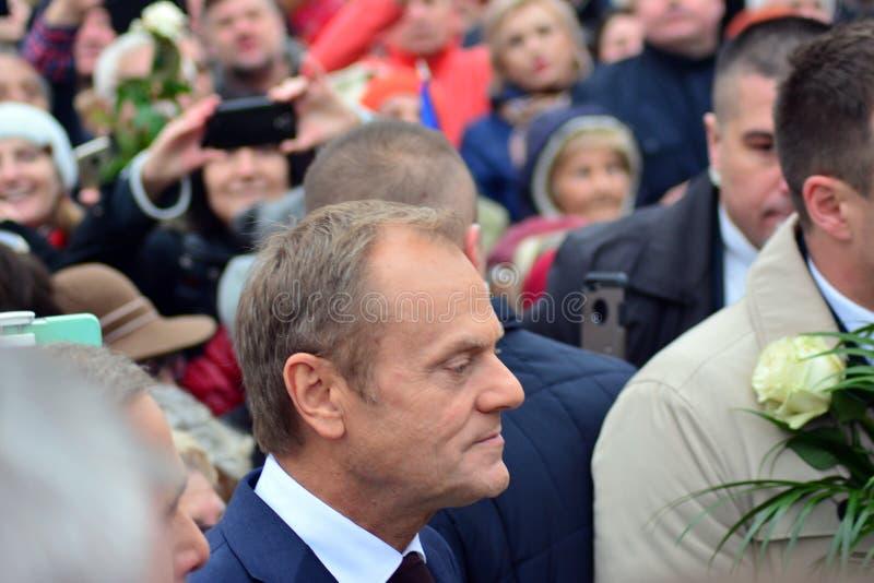 唐纳德・图斯克欧洲理事会礼物的总统在Polands全国美国独立日期间的华沙 免版税库存照片