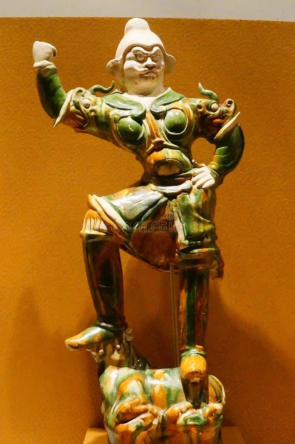 唐代的三色给上釉的雕象 库存照片