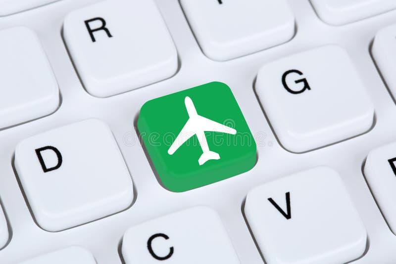 售票飞行和假日网上购物电子商务互联网 免版税库存图片