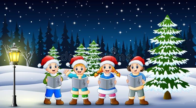 唱在冬天chlotes的圣诞节颂歌和圣诞老人帽子有多雪的杉木背景的孩子 向量例证