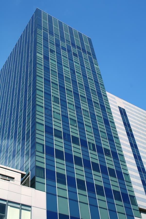 商业现代摩天大楼 免版税库存照片