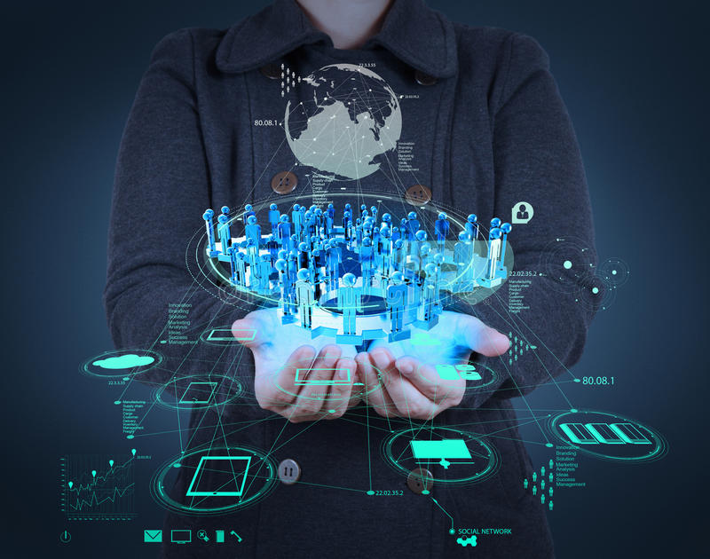 商人与新的现代计算机展览会社交网络一起使用 库存照片