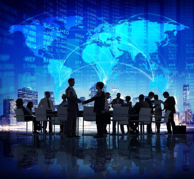 商人全球性握手公司城市财务概念 皇族释放例证