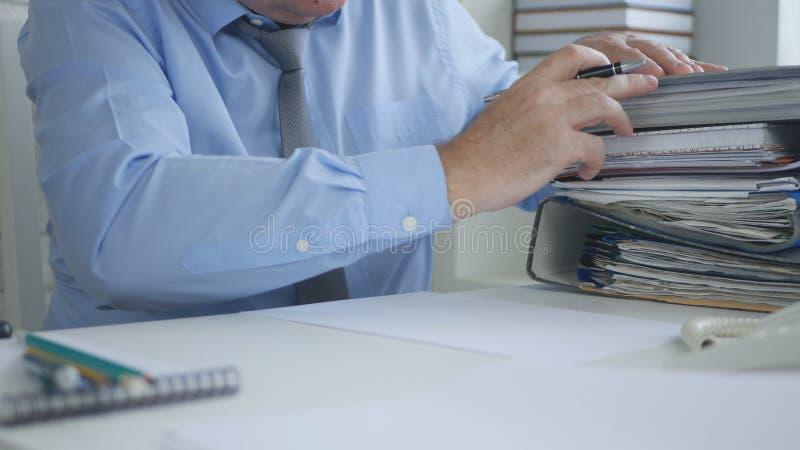 商人图象与帐户文件文件一起使用 免版税图库摄影