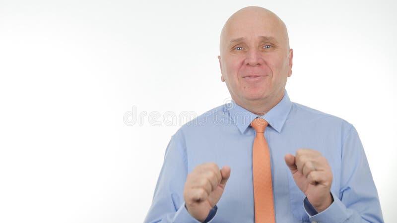 商人图象打手势和谈话在业务会议 免版税库存照片