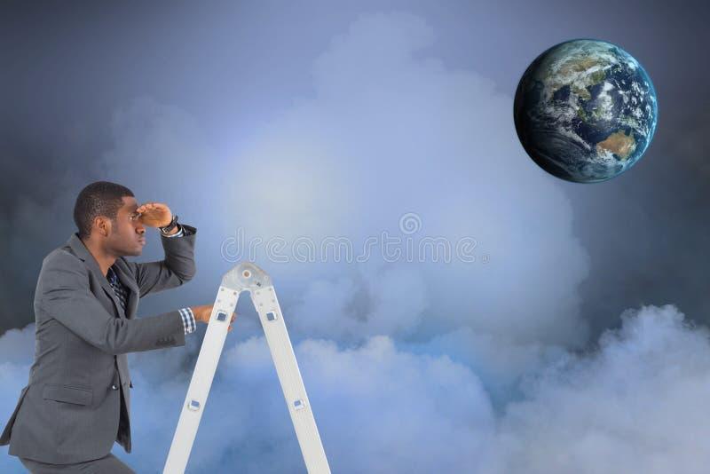 商人的数字式综合图象在看在天空的梯子的地球 库存图片