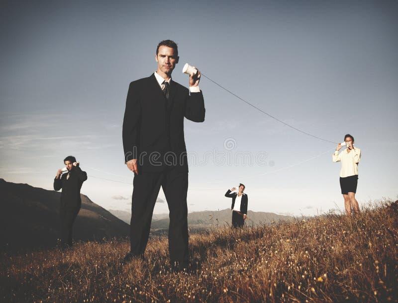 商人连接可能给网络概念打电话 免版税库存图片
