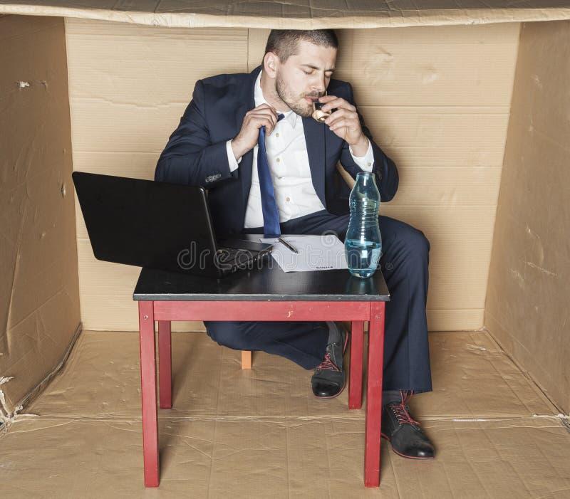 商人重音导致酒精中毒 免版税库存照片
