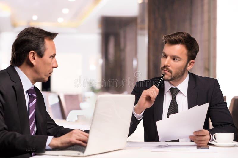 商务伙伴见面。 库存图片