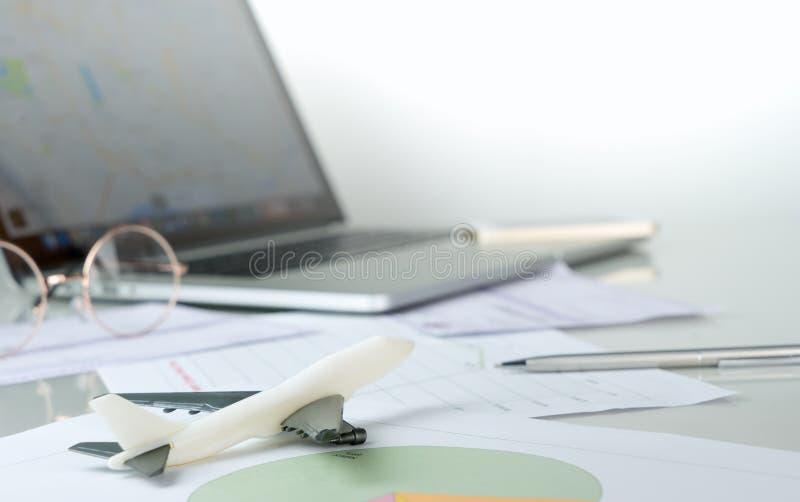 商务旅游计划和航空营业所 库存图片