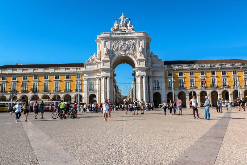 商务正方形在里斯本,葡萄牙 图库摄影