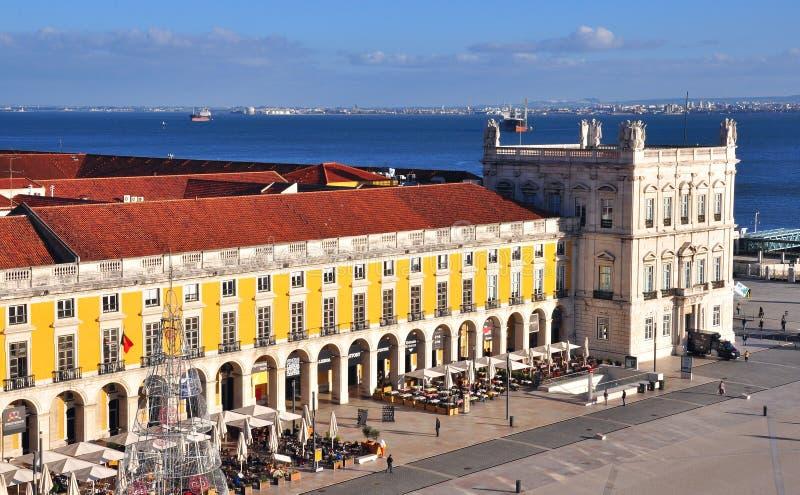商务正方形的顶视图在里斯本,葡萄牙 免版税库存照片