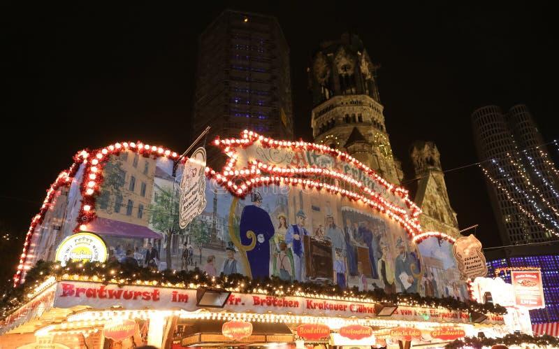 商店在波茨坦圣诞节市场,柏林,德国上 库存照片