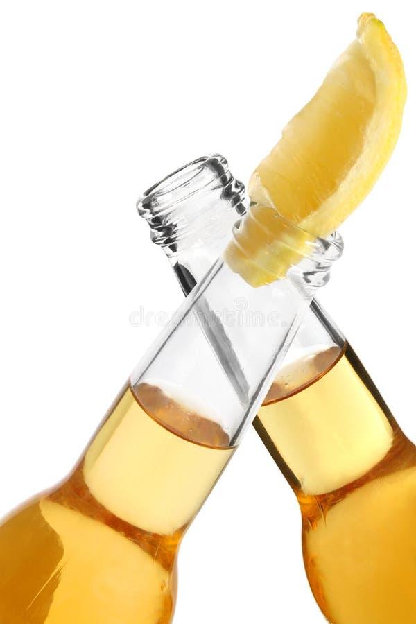 啤酒欢呼 免版税库存照片