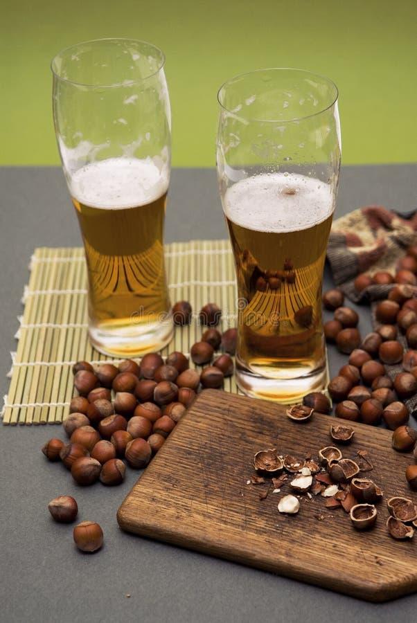 啤酒螺母森林 库存照片