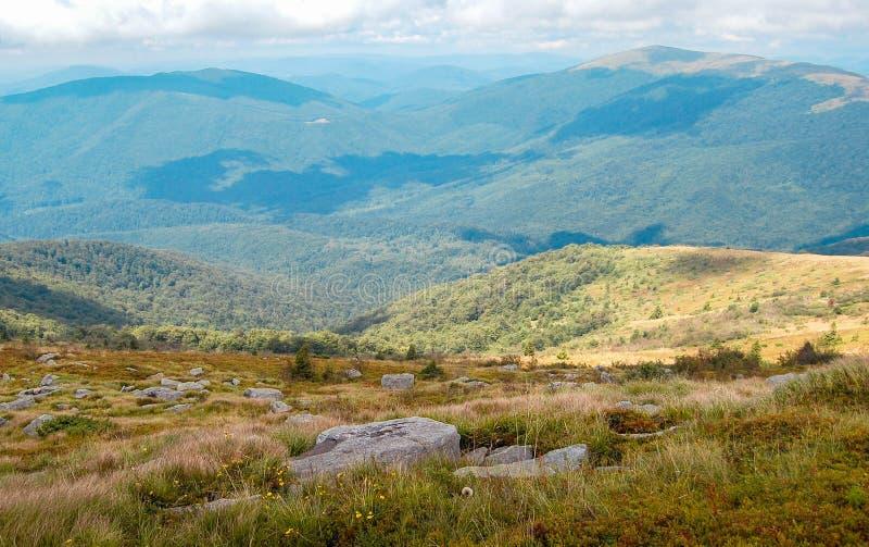 喀尔巴阡山脉的山的视图 图库摄影
