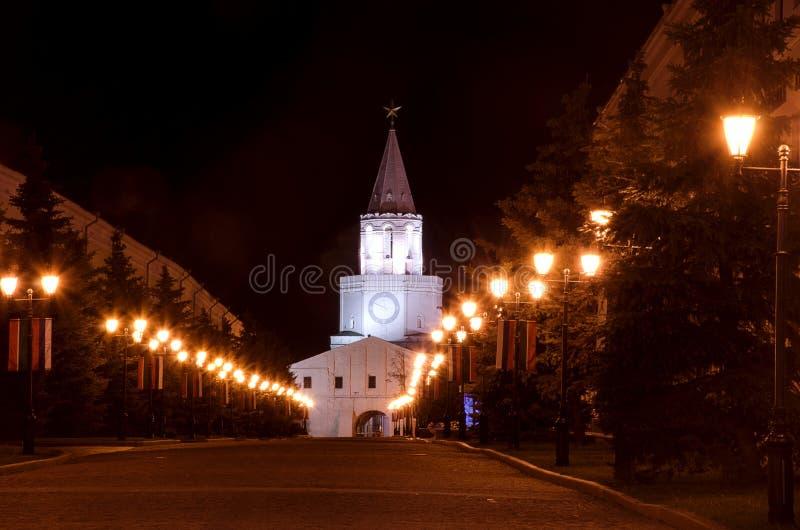 喀山克里姆林宫根据灯笼的在晚上 免版税库存照片
