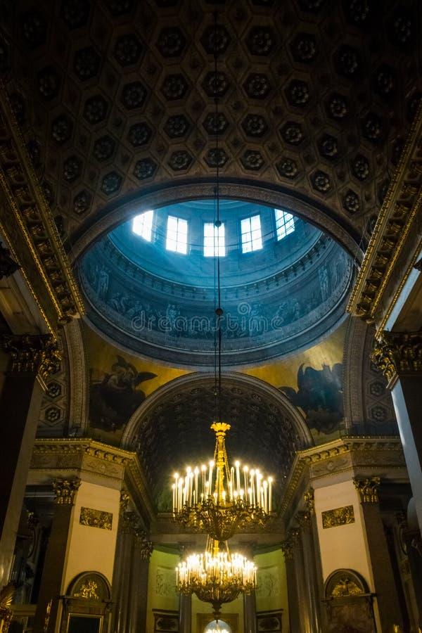 喀山大教堂的内部,圣彼德堡,俄罗斯 免版税库存图片