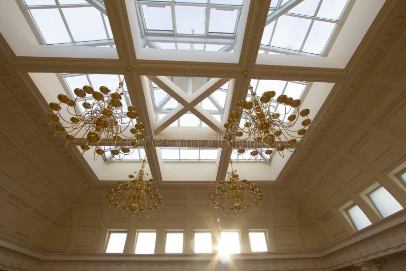 喀山,俄罗斯- 2017年1月16日,香港大会堂-豪华和美好的旅游地方-玻璃天花板 免版税库存图片