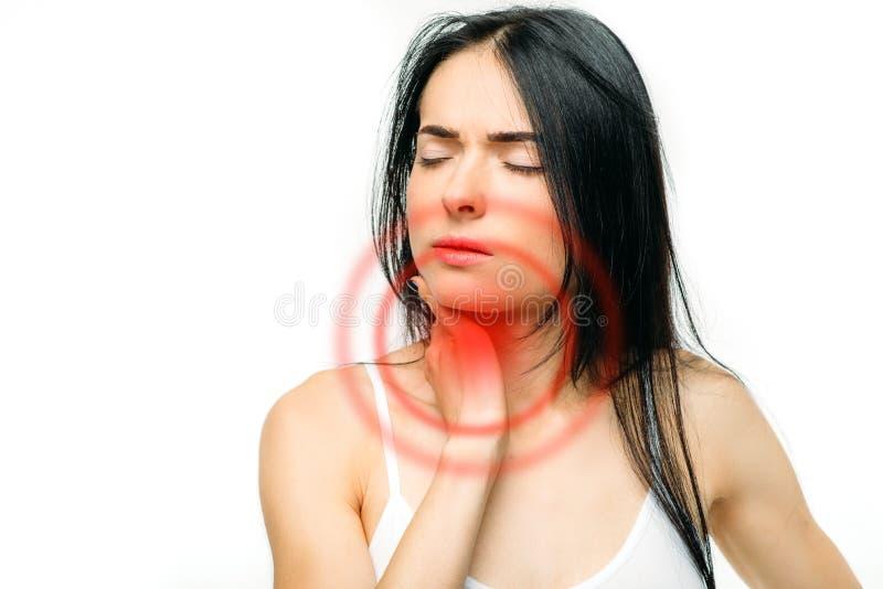 喉咙痛,病的妇女,白色背景 库存照片